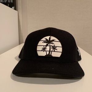Palm Tree Curved Trucker Hat (Black)